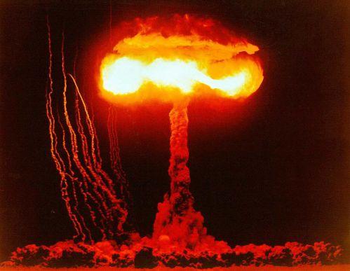 핵폭발.jpg