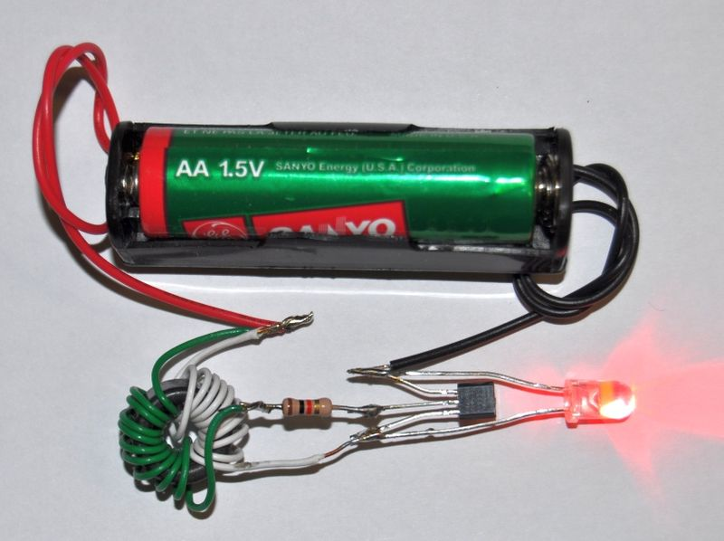 800px-Conventional_Joule_Thief_with_red_LED.jpg