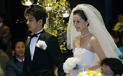 염정아 허일 결혼사진.jpg